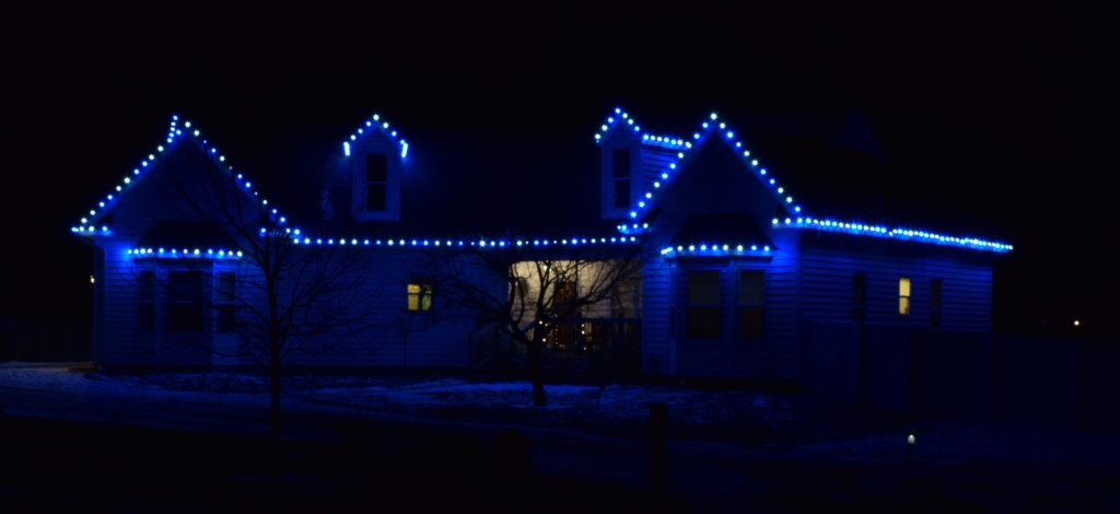 Simple Cly Blue Gable Lights Festive Glow Holiday Lighting